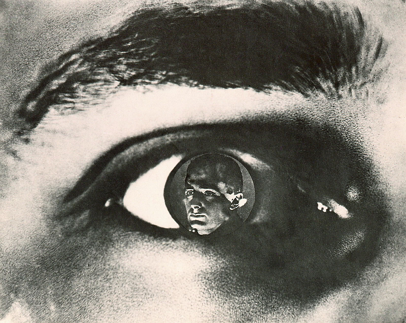 man with a movie camera essay Free college essay man with a movie camera - vertov nesbet describes dziga vertov's man with a movie camera, the centerpiece of the 23rd pordenone silent film festival.